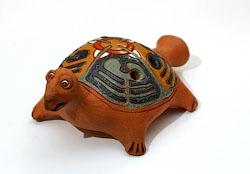 Керамическая черепашка-свистулька
