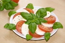 salat_s_pomidorami1002.jpg