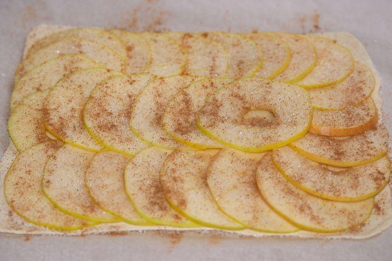 Пироги на слоеном тесте в духовке рецепт с пошагово