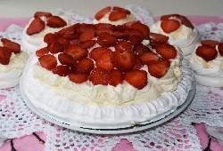 Пирожные Павлова на основе готовых безе