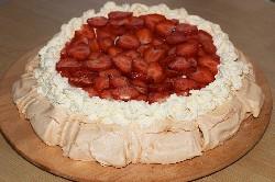 Готовый торт Павлова