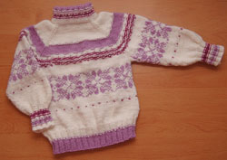 Вязаный свитер от Maryanka