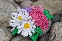Цветы, связанные крючком