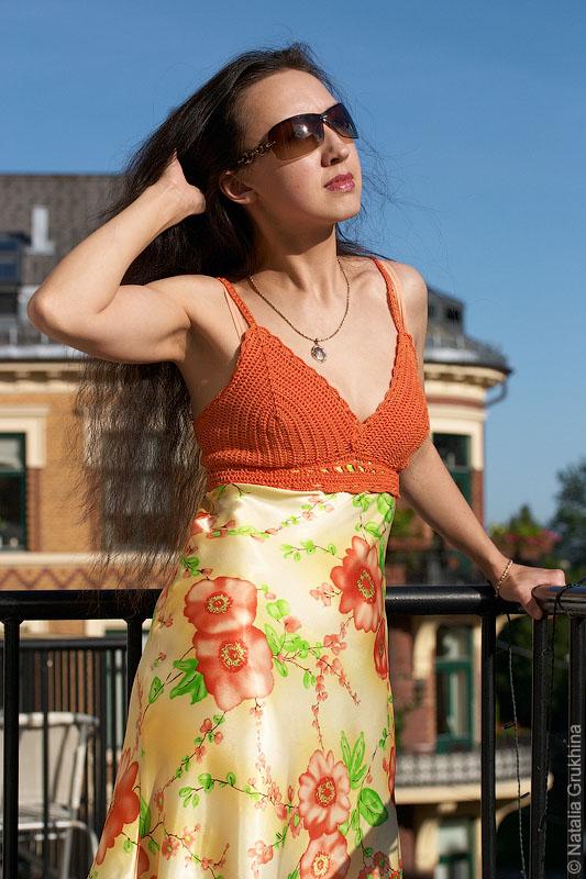 Платья с вязаным лифом крючком