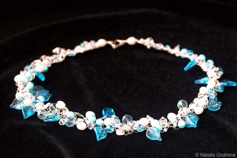 Авторские украшения из бисера Ирины Голлай: колье, ожерелья, кулоны и многое другое.  Схемы .