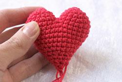 как связать сердечко крючком 4.