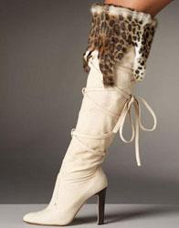 Вязаные гетры с мехом.  Описание вязания.  Модная зимняя обувь от известных дизайнеров.  Но как быть если...