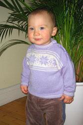 Вязаный свитер с норвежскими звездами