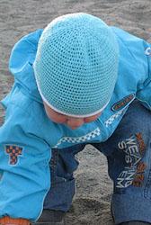 Вязаная шапочка крючком