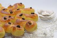 Шафрановые булочки в честь Святой Люсии (Lussekatter)
