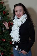 Простой, но очень эффектный вязаный шарф