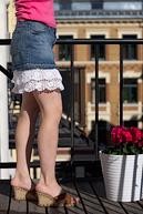 Модная джинсовая юбка с оборками а-ля D&G