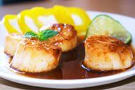 Морские гребешки в соево-лимонном соусе (Kamskjell med soya sjysaus)