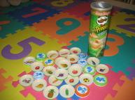 Развивающая игрушка из крышек от детского питания